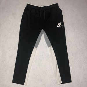 Nike tech sweatpants